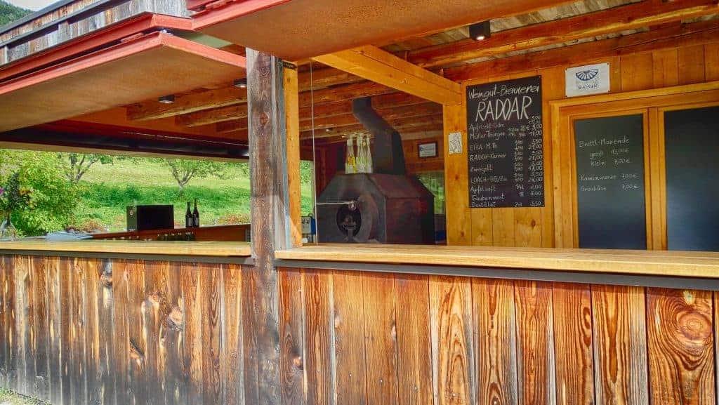 Bio-Weine und Bio-Destillate am Radoar in Südtirol - Club Winery