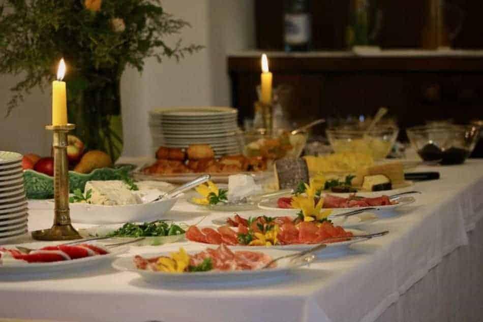 Das Frühstücksbuffet im Hotel von Schloss Englar - Club Winery