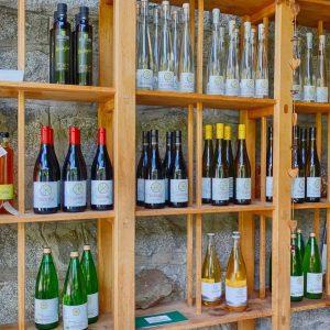 Der Hofladen von Radoar mit Bio-Weinen und Bio-Destillaten - Club Winery