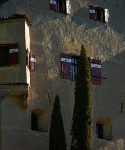 Die antiken Mauern des Schloss Englars