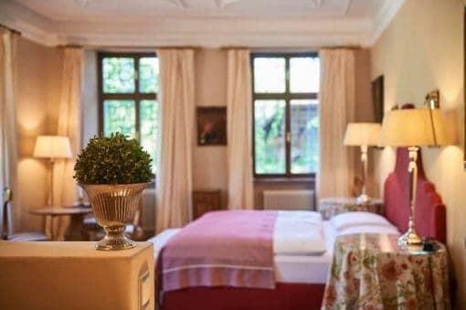 Die modernisierten Zimmer von Schloss Englar - Club Winery Südtirol